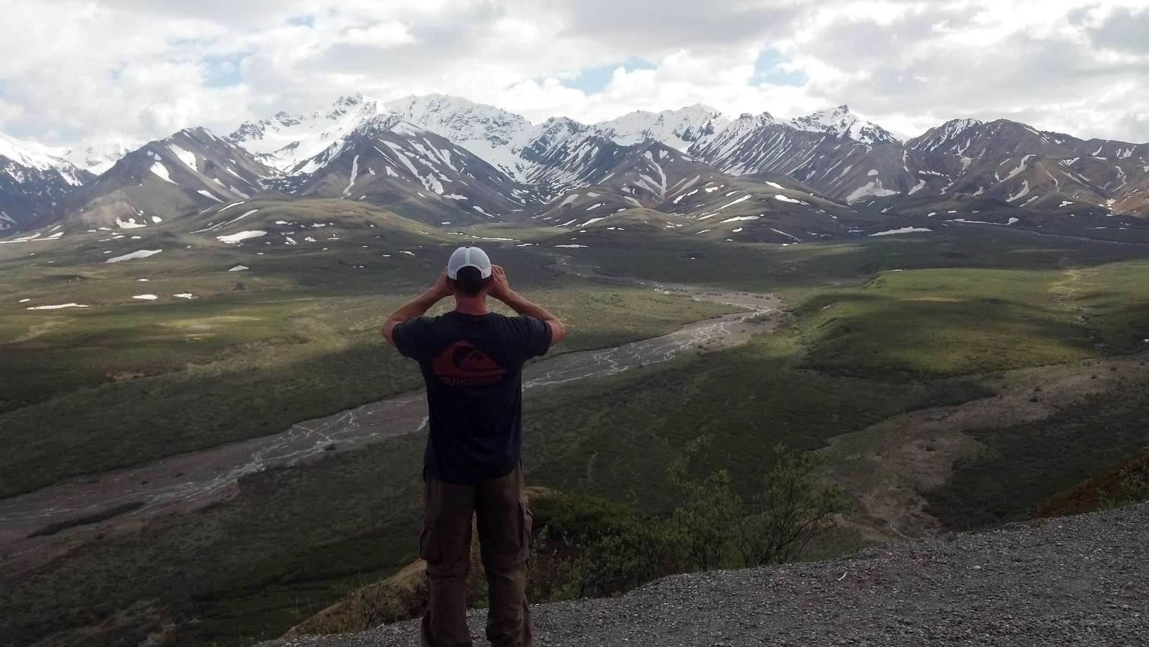 Backpacking Denali across the Valley